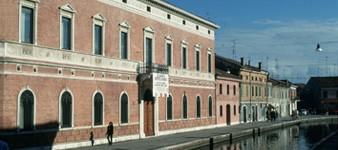 Sala Polivalente San Pietro, Palazzo Bellini