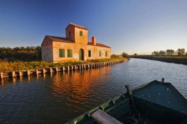 Area of the Po Delta Park - Comacchio lagoons - Stazione 3