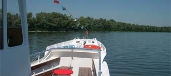 River excursions on Nena motorboat