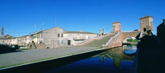 Podguides of Comacchio, capital of the Po Delta Park