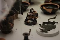 Le musée, qui loge au premier étage du Palazzo Costabili, accueille des pièces archéologiques de la ville étrusque de Spina.