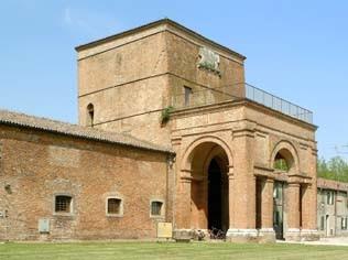 Voghiera, Delizia di Belriguardo, torre centrale ingresso